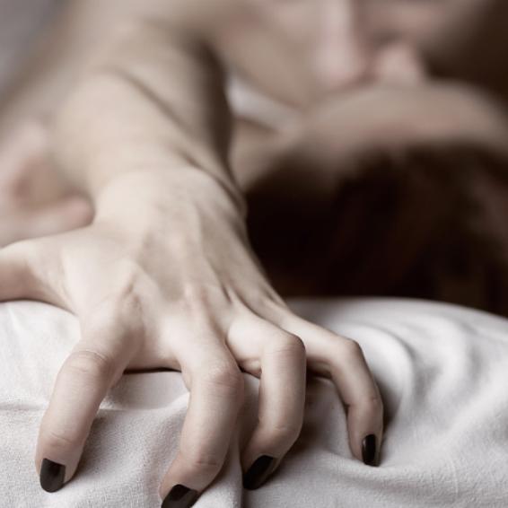 Во время секса больше удовольствия получает