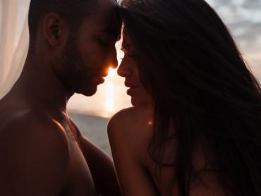 Почему во время секса мы часто фантазируем о других?