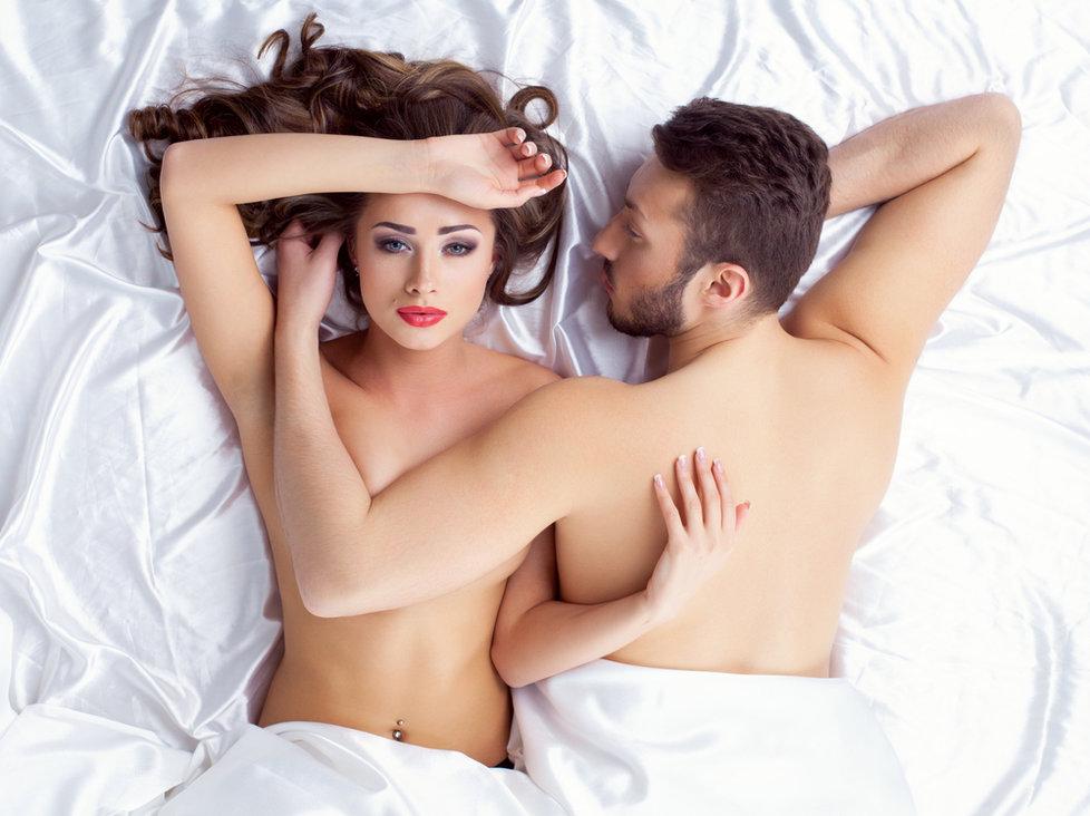 Ощущения во время интимной близости в три раза сильнее при свете!