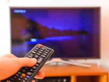 Телевизор в спальне способствует сексуальной жизни