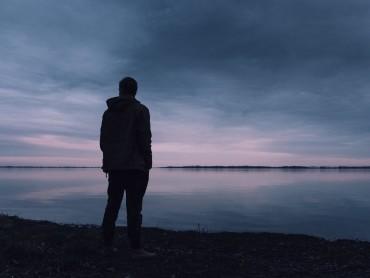 Почему одиноким людям живется лучше